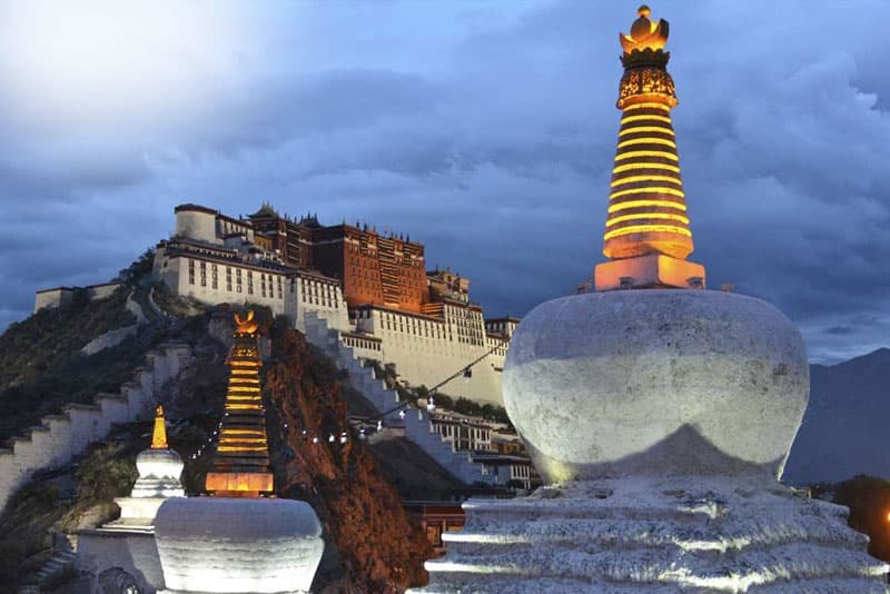 Tibet Luxury & Deluxe Tours